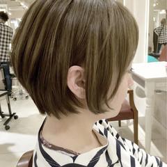 外国人風 ショート リラックス フリンジバング ヘアスタイルや髪型の写真・画像