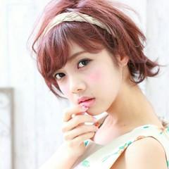 フェミニン ガーリー ヘアアレンジ ショート ヘアスタイルや髪型の写真・画像