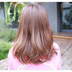グラデーションカラー 前髪あり ハイライト ナチュラル ヘアスタイルや髪型の写真・画像
