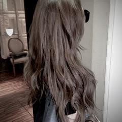 ストリート ブラウン ロング アッシュ ヘアスタイルや髪型の写真・画像
