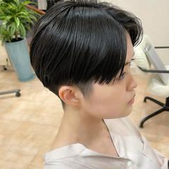 刈り上げ女子 ハンサムショート モード ショート ヘアスタイルや髪型の写真・画像