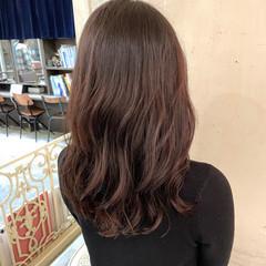 コテ巻き風パーマ 韓国ヘア ヨシンモリ セミロング ヘアスタイルや髪型の写真・画像