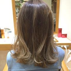 ストリート ロブ ハイライト ミディアム ヘアスタイルや髪型の写真・画像