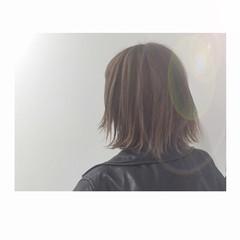 グレージュ ストリート アッシュグレージュ ボーイッシュ ヘアスタイルや髪型の写真・画像