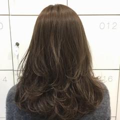 ナチュラル ハイライト ミディアム ゆるふわ ヘアスタイルや髪型の写真・画像