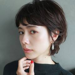 モード 大人女子 前髪パーマ ショート ヘアスタイルや髪型の写真・画像