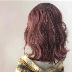 チェリーピンク ピンクベージュ ピンク ラベンダーピンク ヘアスタイルや髪型の写真・画像