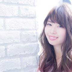 外国人風カラー 愛され ヘアアレンジ フェミニン ヘアスタイルや髪型の写真・画像