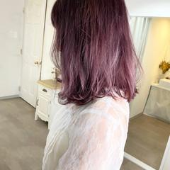 ラベンダーピンク ラズベリーピンク ピンクバイオレット ブリーチカラー ヘアスタイルや髪型の写真・画像