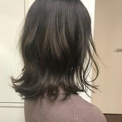デート ミディアム 冬 ナチュラル ヘアスタイルや髪型の写真・画像