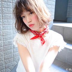 パーマ ストリート ハイライト ゆるふわ ヘアスタイルや髪型の写真・画像