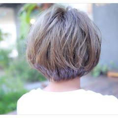 ショートボブ 前髪あり 外国人風 ハイライト ヘアスタイルや髪型の写真・画像