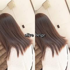 ガーリー オリーブアッシュ カーキアッシュ カーキ ヘアスタイルや髪型の写真・画像