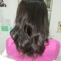 女子会 ミディアム リラックス ラベンダーピンク ヘアスタイルや髪型の写真・画像
