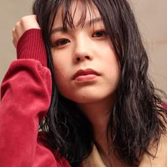 パーマ モード ミディアム パーマ ヘアスタイルや髪型の写真・画像