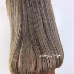 ベージュ ミルクティーグレージュ ミルクティーベージュ ガーリー ヘアスタイルや髪型の写真・画像