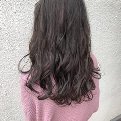 アンニュイほつれヘア ゆるふわパーマ ブルーグラデーション ダブルカラー ヘアスタイルや髪型の写真・画像