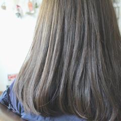ブルージュ ブルーアッシュ ロング 大人かわいい ヘアスタイルや髪型の写真・画像
