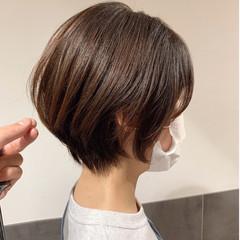 ショートヘア フェミニン 大人ショート マッシュショート ヘアスタイルや髪型の写真・画像