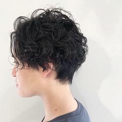 スパイラルパーマ ストリート メンズパーマ ショート ヘアスタイルや髪型の写真・画像