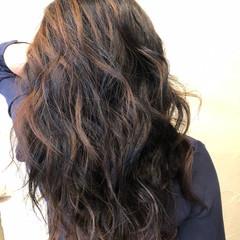 大人ヘアスタイル 巻き髪 ロング エレガント ヘアスタイルや髪型の写真・画像