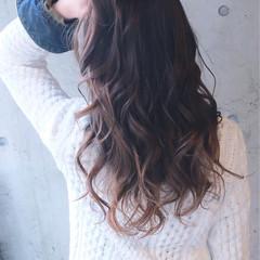 ゆるふわ 大人かわいい ロング グラデーションカラー ヘアスタイルや髪型の写真・画像