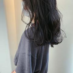 アッシュグレー ナチュラル アッシュグレージュ アッシュ ヘアスタイルや髪型の写真・画像