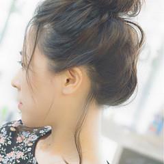 アンニュイ ナチュラル お団子 ヘアアレンジ ヘアスタイルや髪型の写真・画像