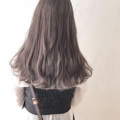 セミロング デート レイヤーカット ハイライト ヘアスタイルや髪型の写真・画像