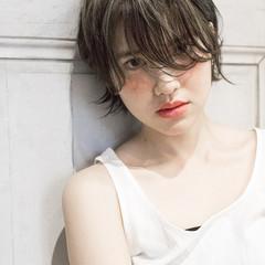 大人かわいい レイヤーカット 外国人風 黒髪 ヘアスタイルや髪型の写真・画像