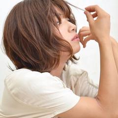 ナチュラル フェミニン ボブ くせ毛風 ヘアスタイルや髪型の写真・画像