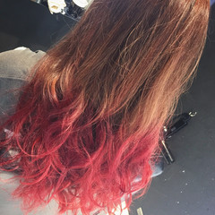 ロング ガーリー ピンク レッド ヘアスタイルや髪型の写真・画像