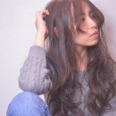 ハイライト パーマ ストリート アッシュ ヘアスタイルや髪型の写真・画像