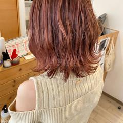 ピンクベージュ ベリーピンク ナチュラルウルフ ピンク ヘアスタイルや髪型の写真・画像