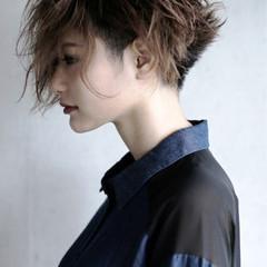 大人女子 ショート モード 刈り上げ ヘアスタイルや髪型の写真・画像