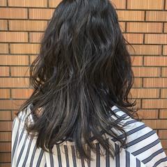 パーマ セミロング オルチャン 黒髪 ヘアスタイルや髪型の写真・画像