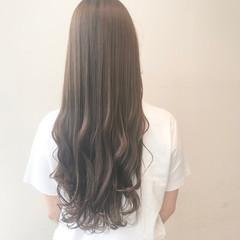 透明感カラー ブリーチ無し ミルクティーグレージュ ロング ヘアスタイルや髪型の写真・画像
