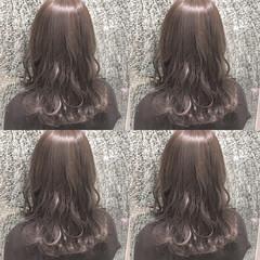 フェミニン セミロング 冬 ナチュラル ヘアスタイルや髪型の写真・画像