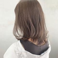 バレイヤージュ グラデーション ハイライト ナチュラル ヘアスタイルや髪型の写真・画像