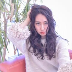 フェミニン 黒髪 暗髪 セミロング ヘアスタイルや髪型の写真・画像