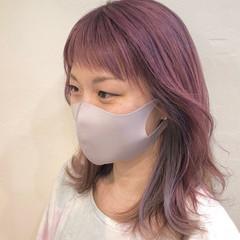 グラデーションカラー バレイヤージュ インナーカラー ナチュラル ヘアスタイルや髪型の写真・画像