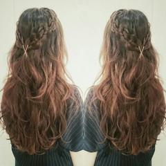 四つ編み フェミニン ヘアアレンジ ロング ヘアスタイルや髪型の写真・画像
