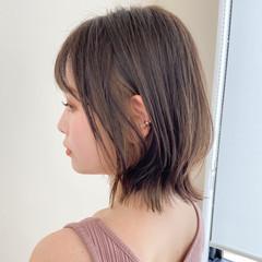 デジタルパーマ ウルフカット ミルクティーベージュ ミディアム ヘアスタイルや髪型の写真・画像