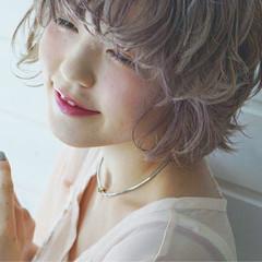 ハイトーン ショートボブ ヘアアレンジ 透明感 ヘアスタイルや髪型の写真・画像