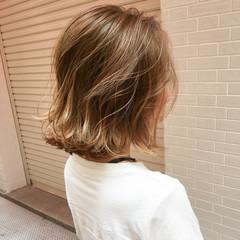 切りっぱなし 外ハネ 上品 外国人風 ヘアスタイルや髪型の写真・画像