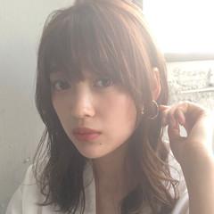 ミディアムレイヤー モテウルフ モテ髪 ナチュラル ヘアスタイルや髪型の写真・画像