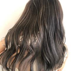 ロング コントラストハイライト ナチュラル グラデーションカラー ヘアスタイルや髪型の写真・画像