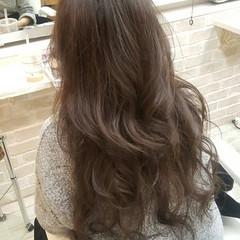 外国人風 アッシュ ロング 大人女子 ヘアスタイルや髪型の写真・画像