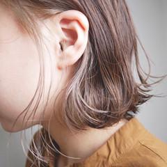 ボブ インナーカラー ナチュラル ショートヘア ヘアスタイルや髪型の写真・画像