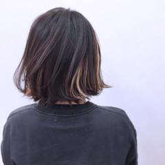 暗髪 外ハネ インナーカラー 大人かわいい ヘアスタイルや髪型の写真・画像